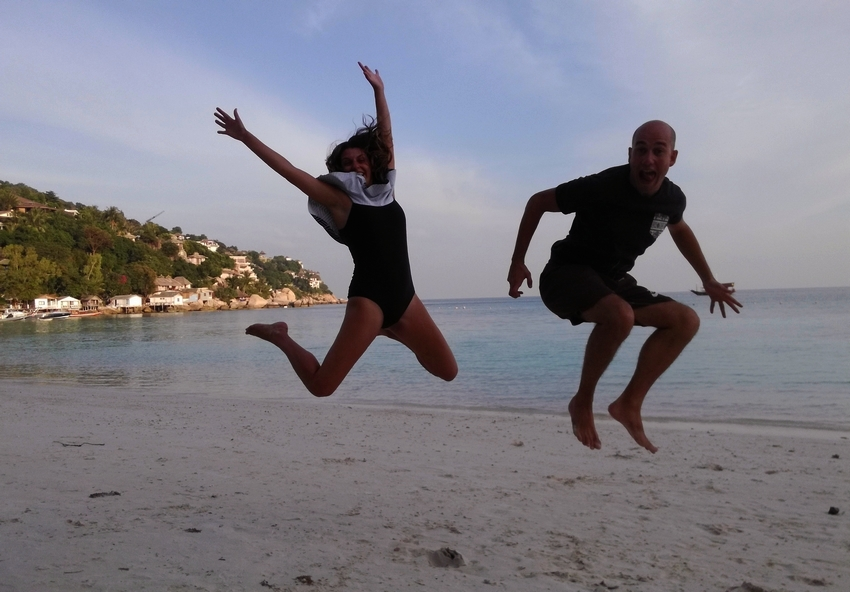 blog-voyage-couple-parfums-de-liberte-leo-et-julie-petit-budget-koh tao-deux